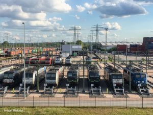 Press Release Leading locomotive leasing company RAILPOOL takes over ajax Loktechnik GmbH